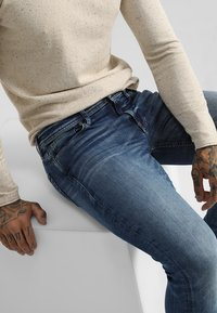 Jack & Jones - JJITOM JJORIGINAL - Jeansy Skinny Fit - blue denim - 3