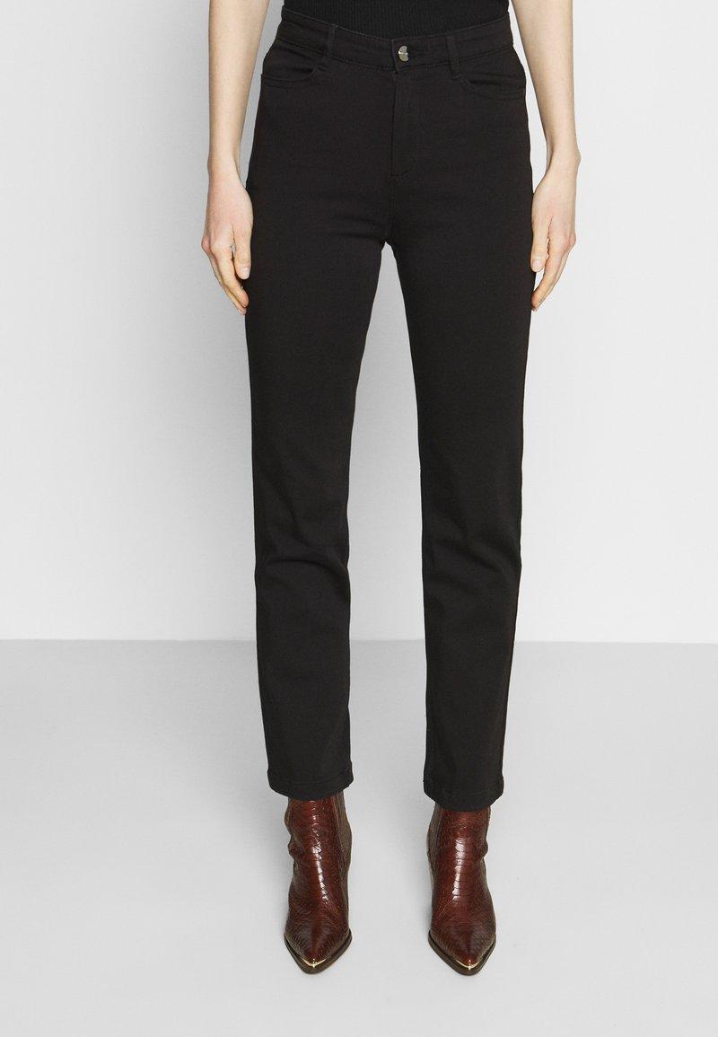 Marks & Spencer London - Džíny Slim Fit - black