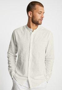 Solid - CHINA - Shirt - bleached sand - 0