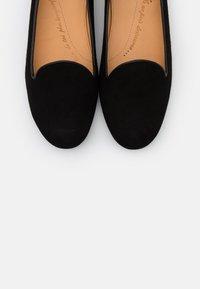 Chatelles - CLASSIC - Nazouvací boty - françois black - 6