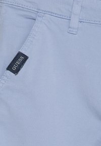 Guess - CORE JUNIOR - Shorts - frosted blue - 2