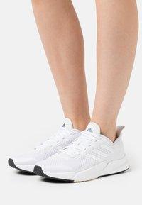 adidas Originals - Matalavartiset tennarit - footwear white/dash grey - 0
