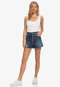 Roxy - LAGOS CLIFF - Denim shorts - dark indigo - 1