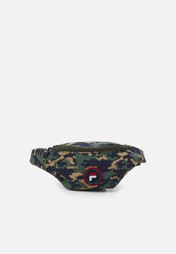 PRINTED CAMO DOUBLE ZIPPER WAISTBAG UNISEX - Bum bag - dark green