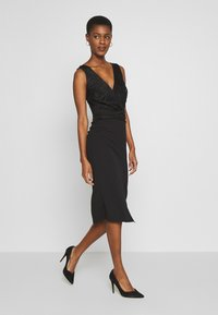 WAL G TALL - V NECK TOP SPLIT MIDI DRESS - Cocktailkjole - black - 1