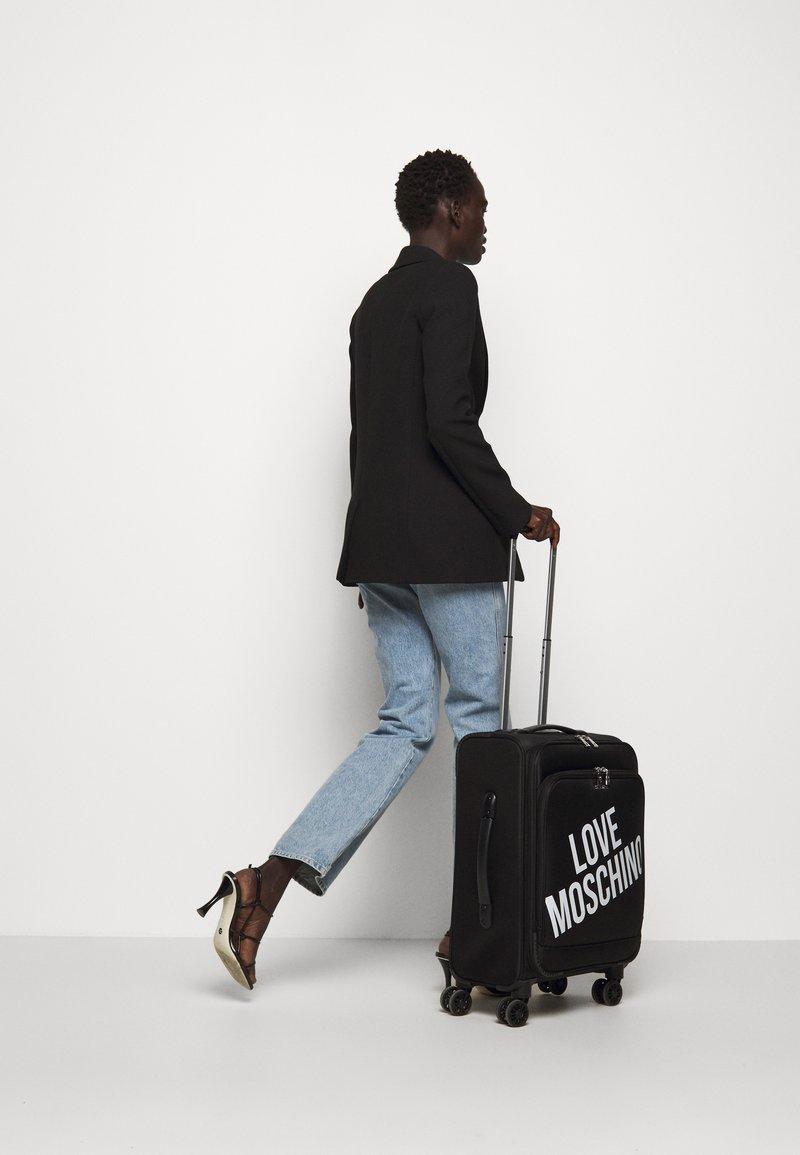 Love Moschino - VIAGGIO  - Set de valises - black
