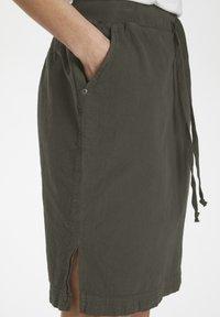 Kaffe - NAYA  - Pencil skirt - grape leaf - 3