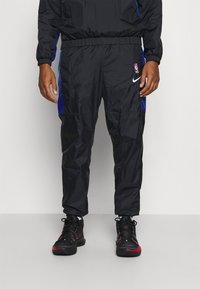 Nike Performance - NBA CITY EDITION TRACKSUIT - Tracksuit - black/rush blue/university red - 3
