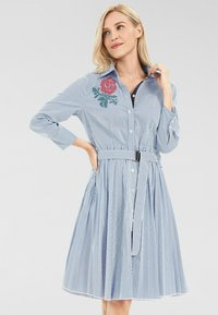 Apart - Robe chemise - weiß-blau - 0