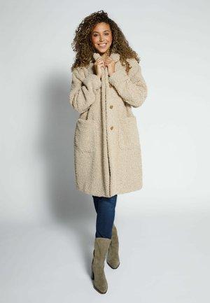 TEDDY REVERSKRAGEN - Classic coat - beige