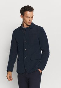 Tommy Hilfiger Tailored - MEMORY NYLON HYBRID BLAZER - Summer jacket - blue - 0