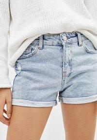 Bershka - Denim shorts - dark blue - 2
