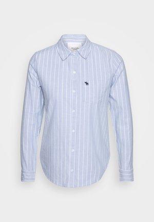MOOSE OXFORD - Button-down blouse - blue
