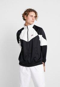 Nike Sportswear - Kurtka sportowa - black/summit white - 0