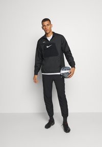 Nike Performance - FC ANORAK - Veste de survêtement - black/white - 1