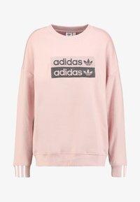 adidas Originals - RETRO LOGO PULLOVER - Sweatshirt - pink spirit - 5