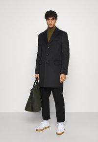 Tommy Hilfiger Tailored - BLEND COAT - Klassinen takki - black - 1