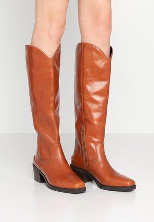 SIMONE - Cowboy- / bikerstøvler - cinnamon