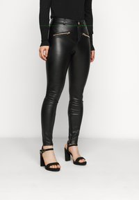 ONLY Petite - ONLHENRIETTA - Trousers - black - 0