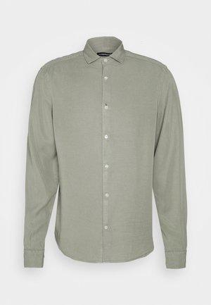 COMFORT SHIRT - Camicia - sage