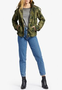 khujo - STACEY - Light jacket - khaki gemustert - 1