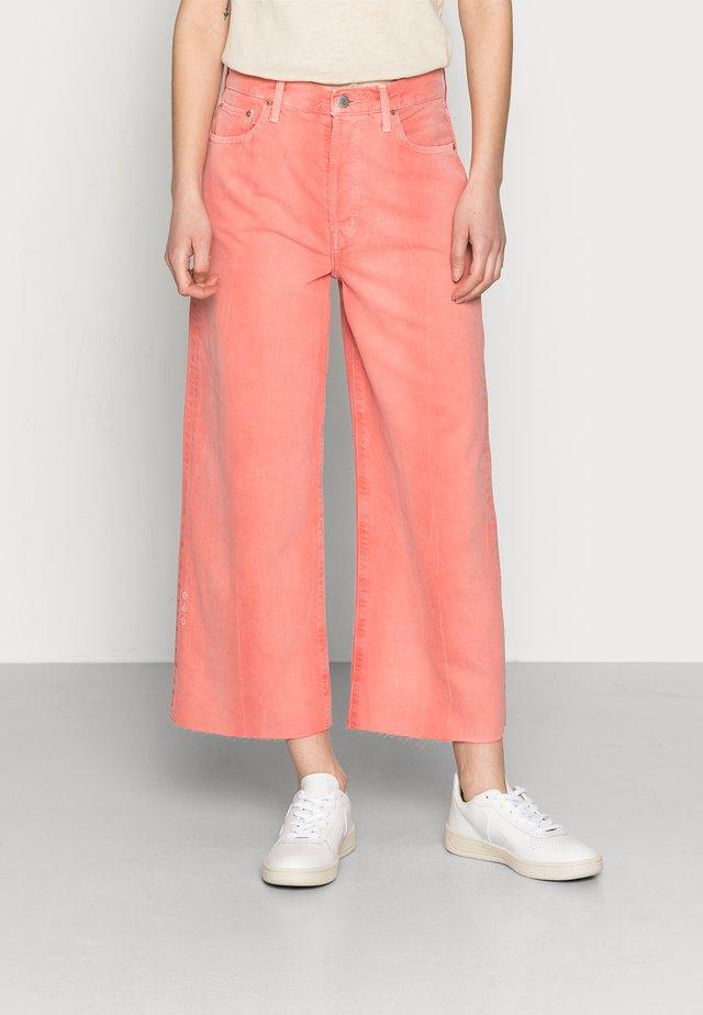 DEVON - Straight leg jeans - waterline fire coral