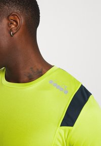 Diadora - RUN - T-shirt print - mint green - 5