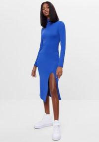 Bershka - Pouzdrové šaty - blue - 1