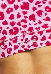 Hey Honey - BRA LEOHEARTS - Light support sports bra - macaron - 5