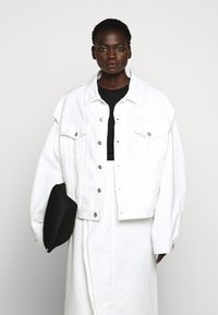 MM6 Maison Margiela - JACKET - Giacca di jeans - off white - 4