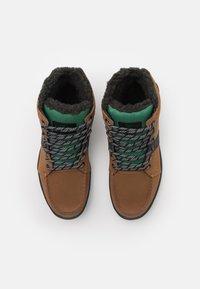DC Shoes - WOODLAND - Šněrovací kotníkové boty - dark brown - 3