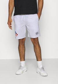 sergio tacchini - CHECK - Sports shorts - white/navy - 0