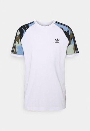 CAMOUFLAGE CALIFORNIA GRAPHICS - T-shirt imprimé - white
