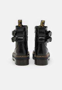 Dr. Martens - JADON HDW-8 EYE BOOT UNISEX - Lace-up ankle boots - black buttero - 2