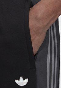 adidas Originals - BX-20 SWEAT JOGGERS - Tracksuit bottoms - black - 4