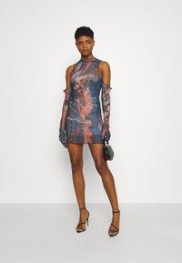 Jaded London - RUCHED SHIRT DRESS FAIRY STATUE PRINT - Tubino - multi - 1