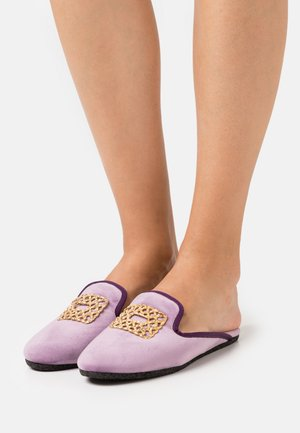 Slippers - violet