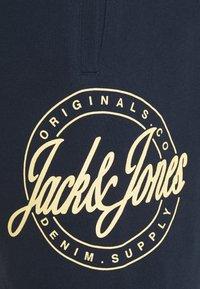 Jack & Jones - JJIJACKSON - Shortsit - navy - 2