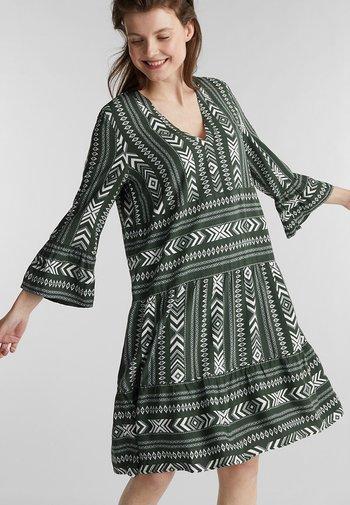 Day dress - khaki green 4