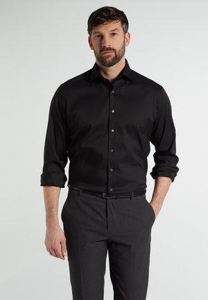 MODERN FIT - Business skjorter - schwarz