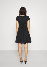 WAL G. - BRIEGE SKATER DRESS - Day dress - black - 2