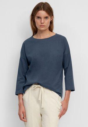 AUS SOFTER, GEBRUSHTER QUALITÄT - Basic T-shirt - breezy sea