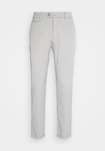 COMO LIGHT SUIT PANTS - Oblekové kalhoty - mirage grey