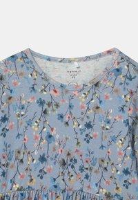 Name it - NBFTESSIE SET - Jersey dress - dusty blue - 2