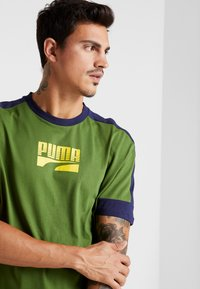 Puma - REBEL BLOCK TEE - T-Shirt print - garden green - 3