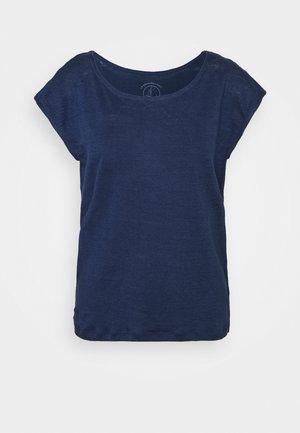 TEE - Basic T-shirt - medieval