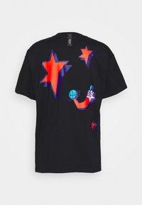 Nike Performance - CITY EXPLORATION TEE SAN ANTONIO - T-shirt print - black - 1