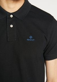 GANT - CONTRAST COLLAR RUGGER - Polo shirt - black - 4