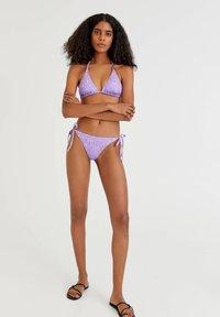 PULL&BEAR - MIT PRINT IN ROSA - Bikini top - purple - 1
