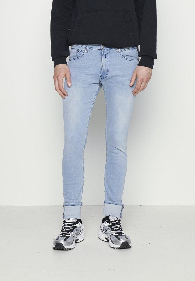 Replay - JONDRILL - Jeans Skinny Fit - light blue